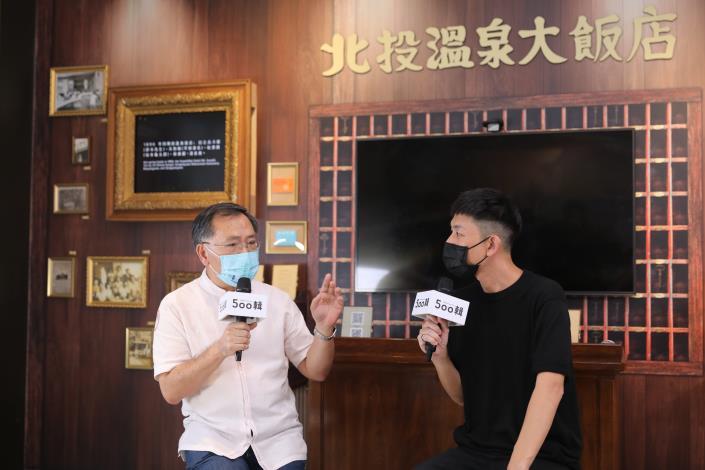2021白晝之夜臺北副市長蔡炳坤與藝術總監林昆穎開場對談.JPG