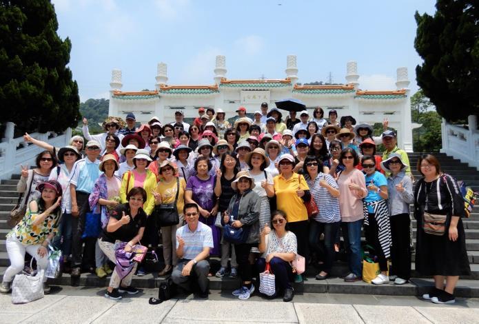點擊觀看台北探索館志工隊JPG