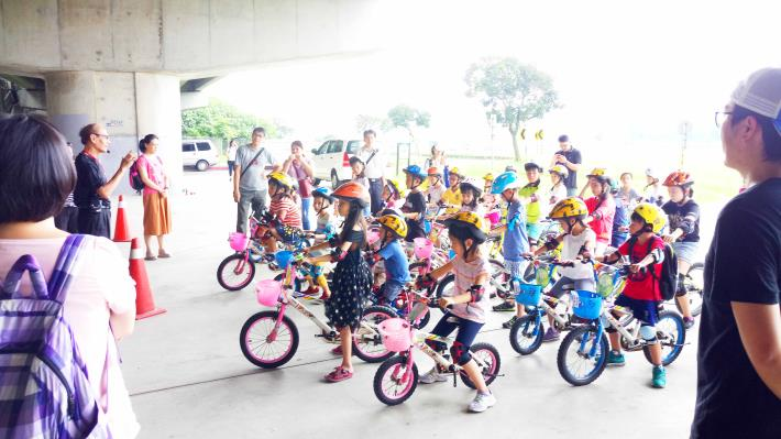 「暑期學童單車營」為免費教學課程