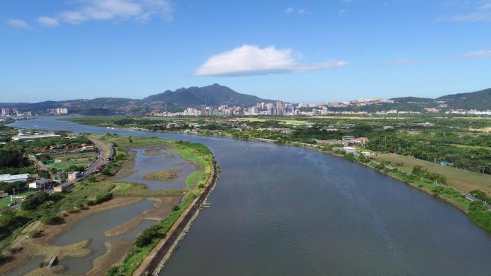 自102年起,水利處開始逐步營造社六、社子島二處人工濕地