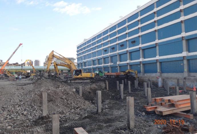 第二區第一層地下室開挖作業1091120