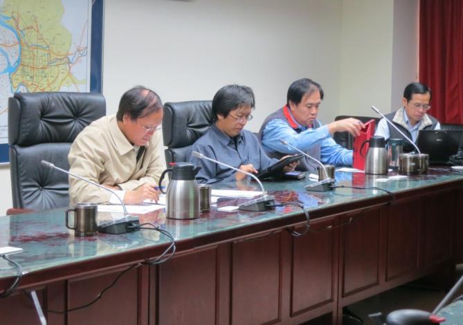 102年度第2次廉政會報會議-與會委員聆聽本室小組專案報告