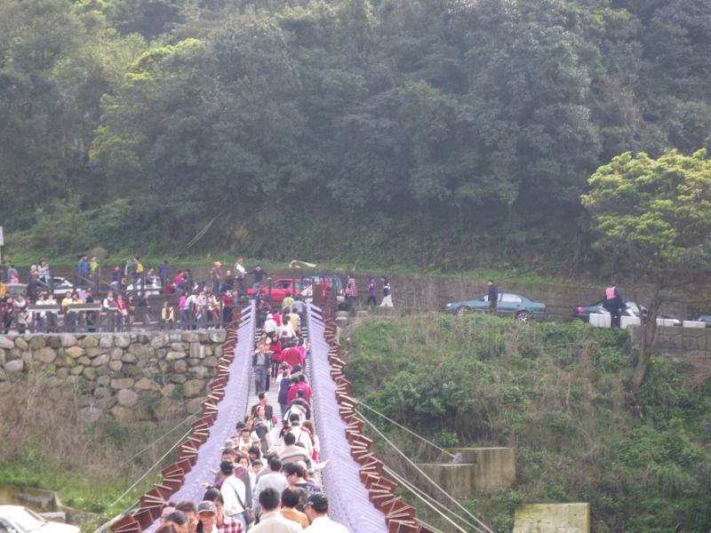 白石湖吊橋3
