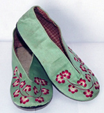 Women's Embroidered Shoes