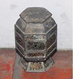 錫製雕刻鎏金粉盒