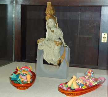 d.The Mother Guanyin Gives Babies