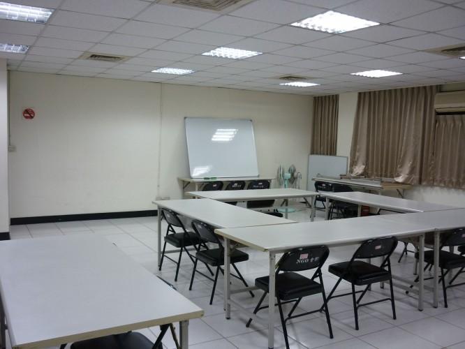Multi-Functional Room2