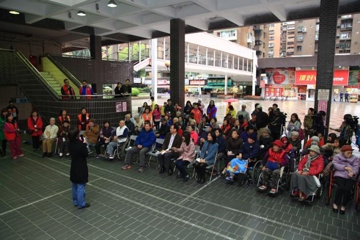 輪椅幼兒園記者會盛況