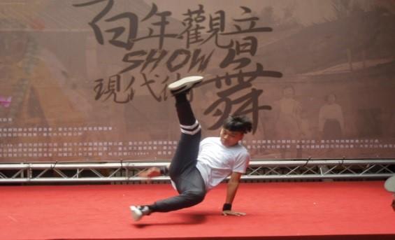 個人組街舞