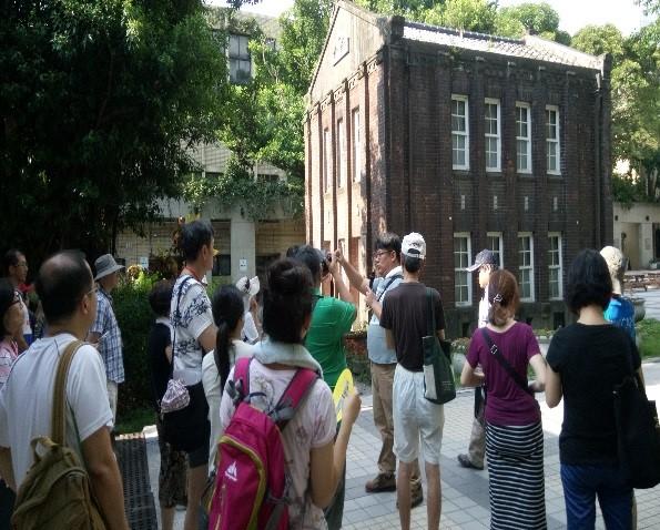 古蹟咖啡館-臺北科技大學紅樓