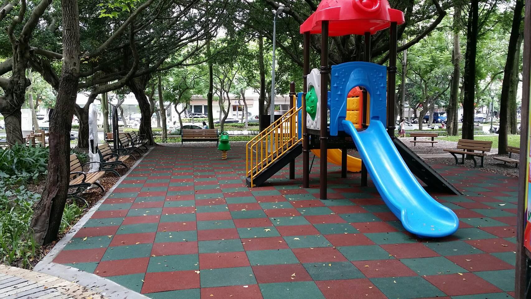 兒童遊戲區-翁嘉賢拍攝
