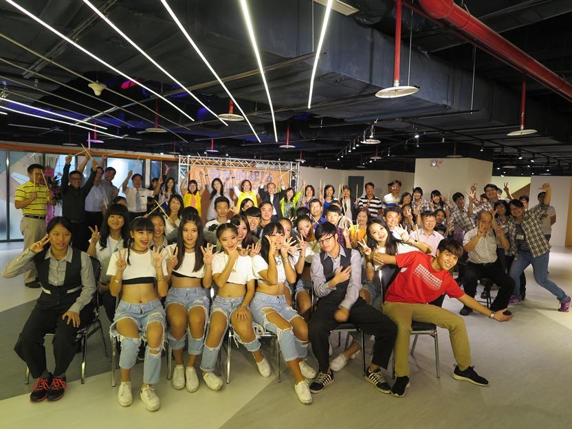 臺北市打造第一座專屬青少年Live Band體驗中心開幕大合照