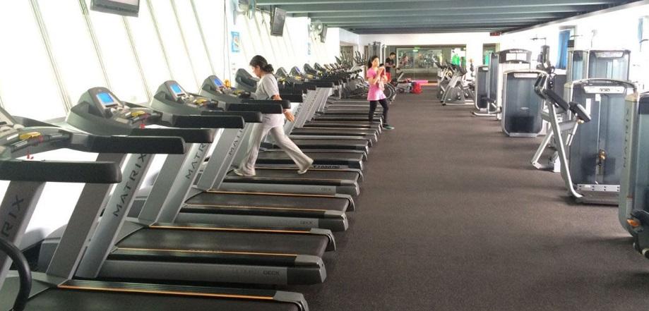 青年公園水運館健身房照片