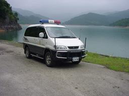 駐衛警巡邏水庫照片