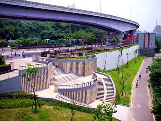 Gongguan Riverside activities Square