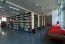 石牌分館閱覽區2照片