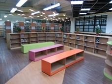 西中青少年閱覽區照片