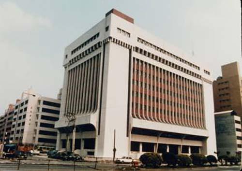 民國72年9月1日中山分館開始啟用