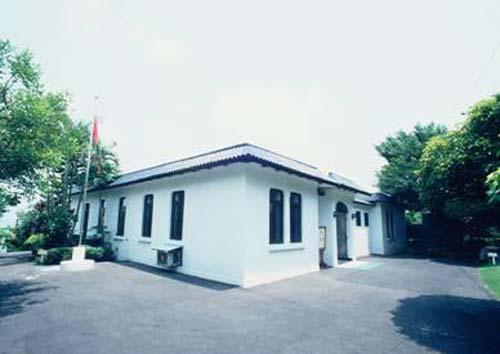 民國74年5月28日林語堂先生紀念圖書館開始啟用