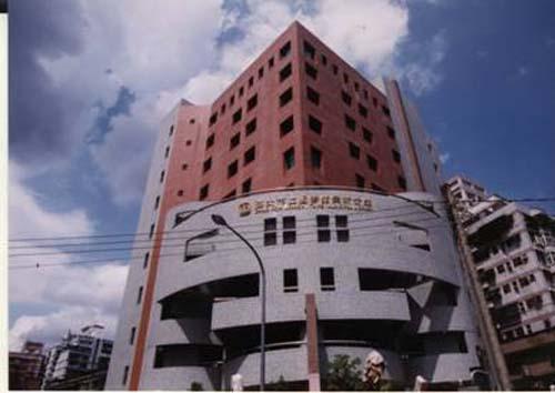 民國90年11月11日景新分館開始啟用