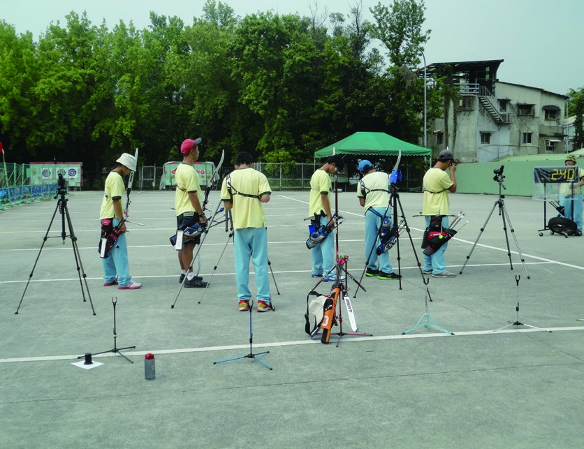 Practice in the grassroots athletes training station for archery