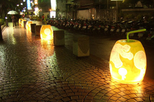 The annual Taipei Lantern Festival  has become a major attraction that attracts countless visitors each year