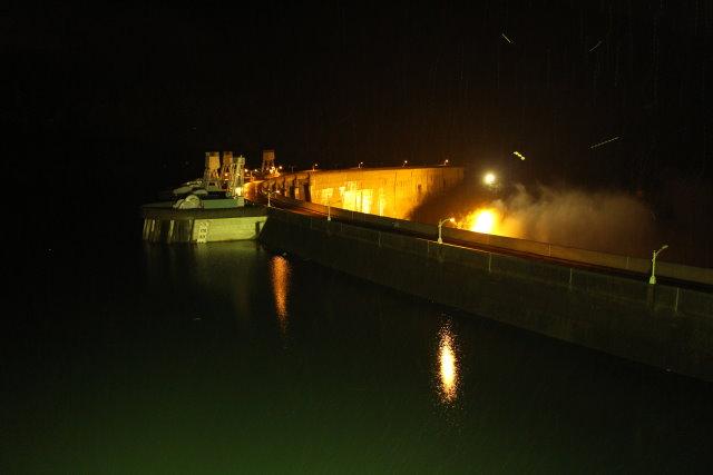 照片1  翡翠水庫11月15日18時水庫蓄水現況照片