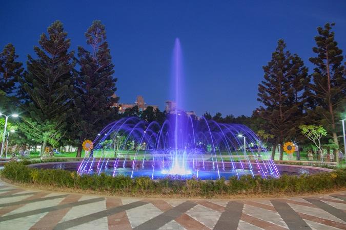 音樂水舞噴泉繽紛登場