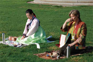 Tea-ceremony traditions vary in each country, in accordance with folk customs, aesthetic concepts,philosophy, and traditional handicraft arts.