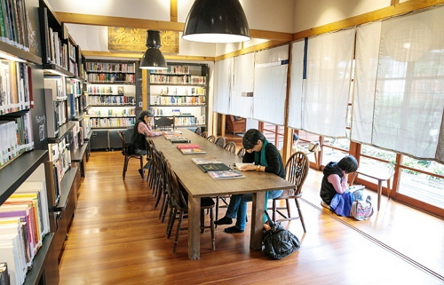 This private library requires a reservation – come enjoy reading in a peaceful and captivating space.(Photo: Shi Chuntai)