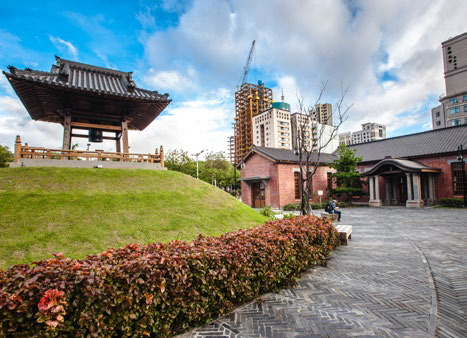 Xibenyuan Temple, which exudesdeep Japanese character, has beentransformed into an arts, culture andleisure space. (Photo: Shi Chuntai)