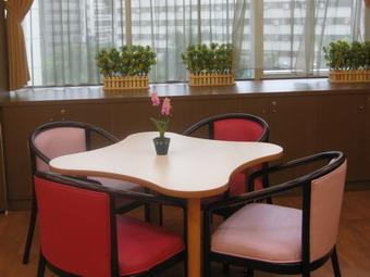 仁愛失智症日間照護中心-舒適貼心的座椅設計