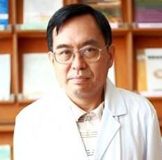 胡伯賢醫師