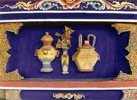 博古柱堵:瓶、壺