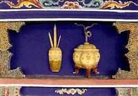 博古柱堵:筆筒、香爐
