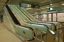 藝術化的電扶梯扶手示意圖,共2張圖片