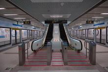 藝術化的電扶梯扶手示意圖2
