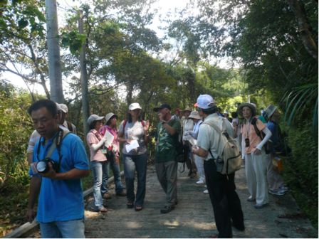 On site ecological tour to make volunteers know more about the reservoir