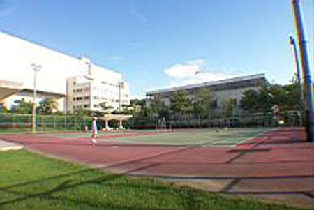 網球場照片, 點此另開大圖