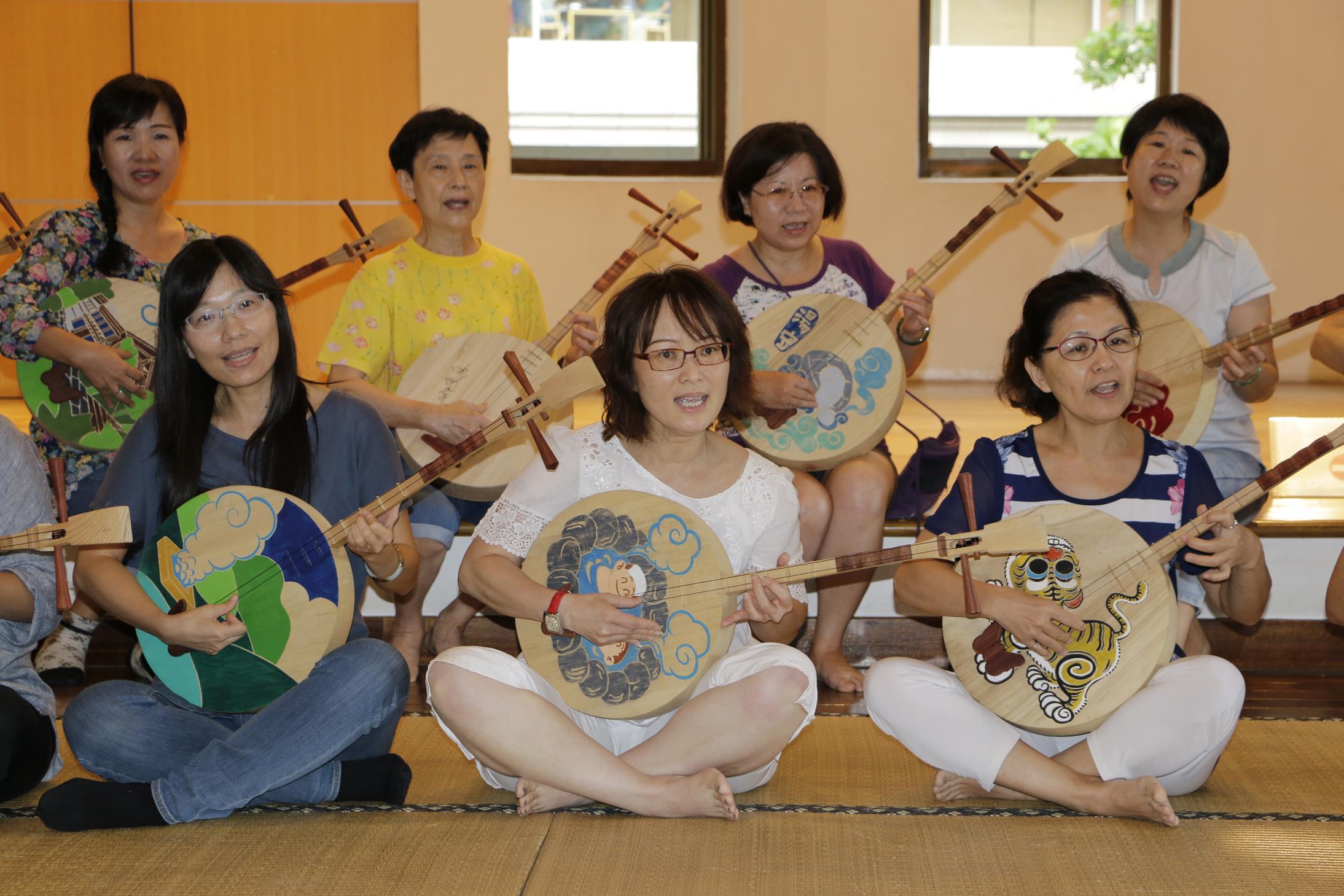 20160828_志工月琴祭體驗課06