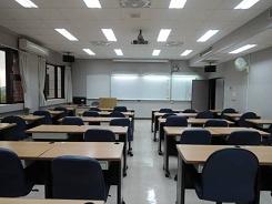 2F-E206普通教室