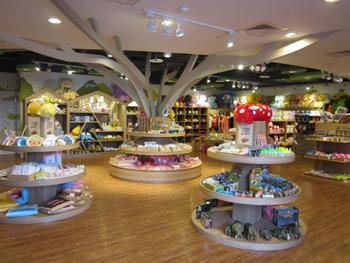 魔法森林紀念品商店店內一景