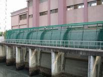 迴轉式撈污機攔污柵側面