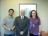 (另開視窗)加拿大駐華代表傅雷澤先生與陳慈銘臺長及本臺記者合影
