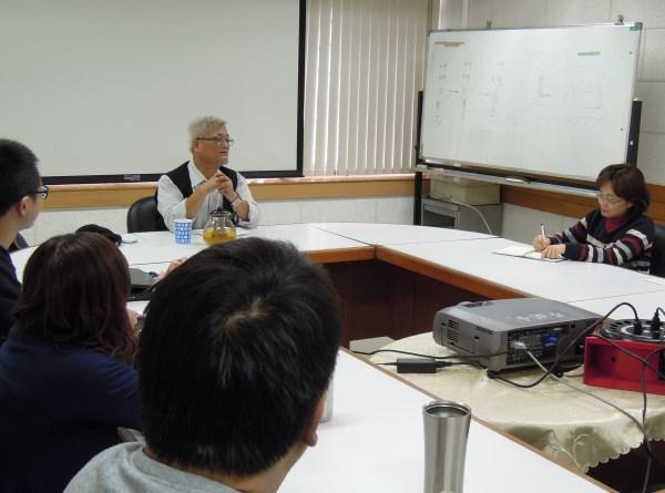 孫大川老師與同仁分享台灣多元文化