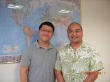 (另開視窗)帛琉駐華大使館馬文臨時代辦馬與本臺記者合影