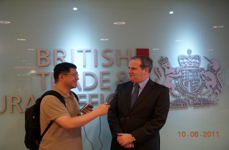 (另開視窗)英國駐華代表康博偉先生錄製賀詞1