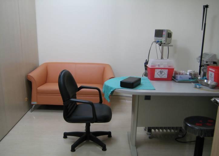 舒適寬敞的檢查室