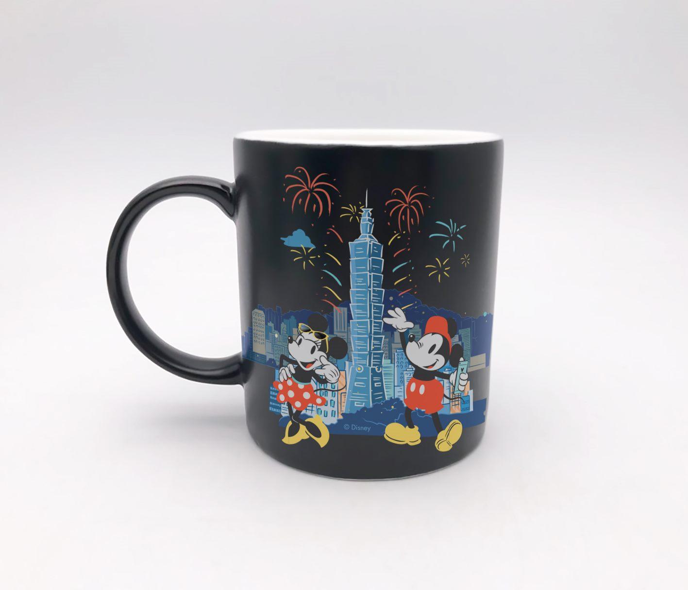 限量款馬克杯,以101煙火及深底色作為配色,讓台北的夜空更顯璀璨