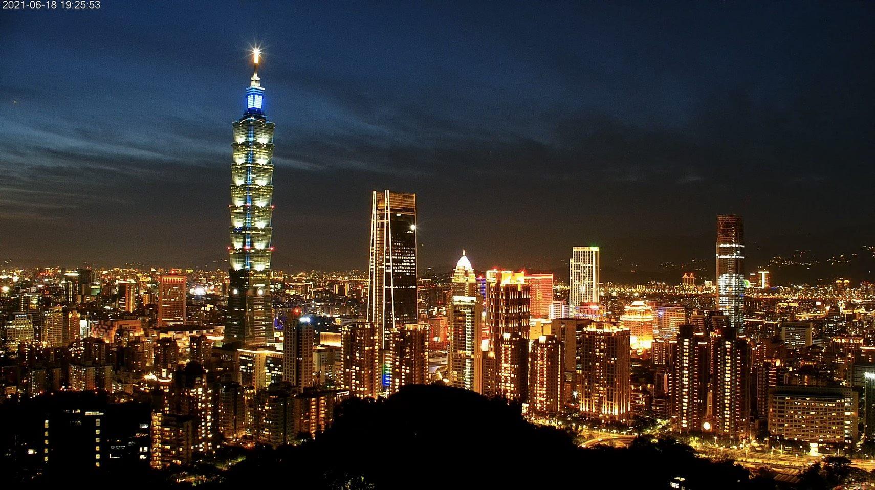 旅客必遊之臺北101與信義商圈夜景,美拍打卡新地標